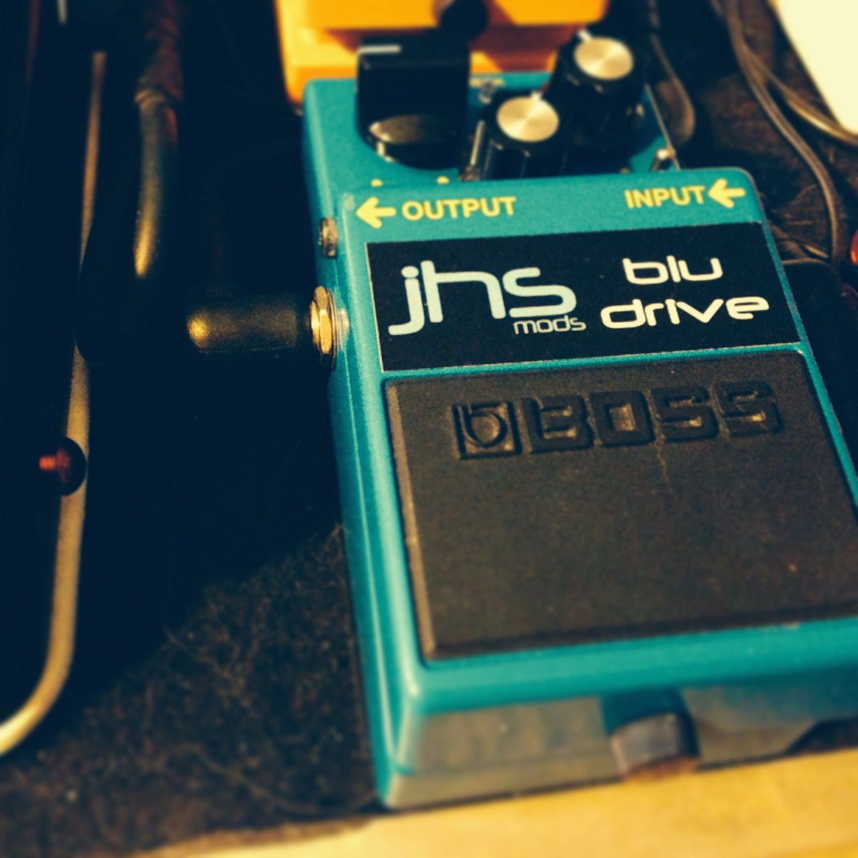 Boss BD-2 Blues Driver (JHS Pedals Blu-Drive mod)