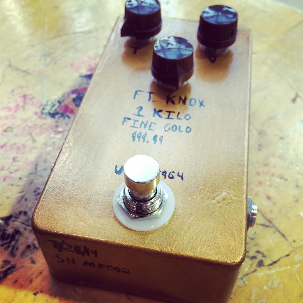 Mad Pedals Fort Knox Solid Gold Standard Overdrive