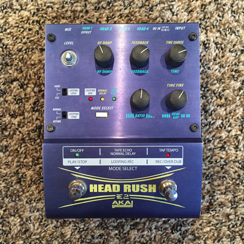 Akai Professional E2 HeadRush Delay/Tape Echo/Looper