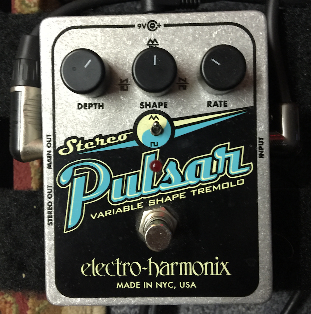 Guest Reviewer Fridays: Electro-Harmonix Stereo Pulsar Analog Tremolo
